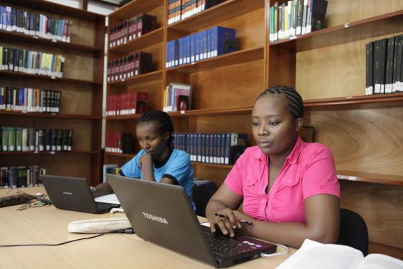 TGCL Studierende in Dar es Salaam